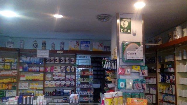 Farmacia de Badalona con desfibrilador
