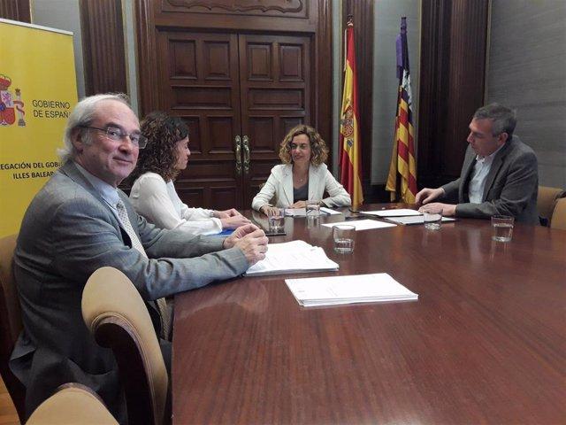 La ministra Batet se reúne con Rosario Sánchez antes de participar en un acto del PSIB en Llucmajor