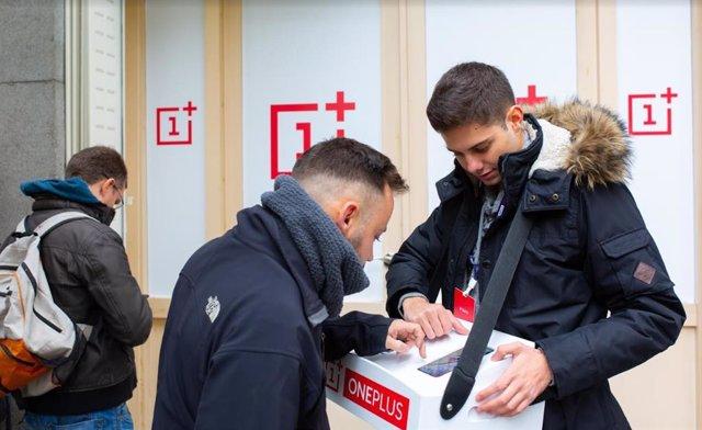 Madrid i Barcelona, entre les 30 ciutats de tot el món on OnePlus instal·larà Pop-up stores per als seus fans