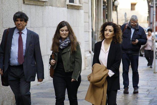 La periodista de Europa Press afectada por el 'caso Móviles' reitera que no dio su dispositivo de manera voluntaria