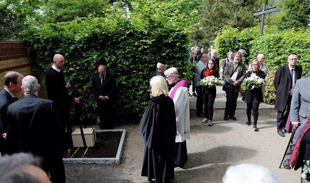 Alemania.- Inhumados los restos de 300 mujeres utilizadas para investigación por los nazis
