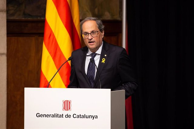 El presidente de la Generalitat, Quim Torra, y la consellera, Àngels Chacón, reciben a los organizadores del salón Integrated Systems Europe (ISE), en la Generalitat de Barcelona