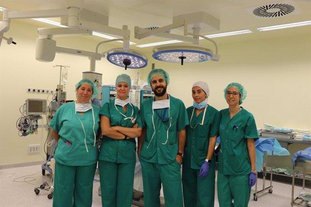Ca Misses realitza la primera reconstrucció immediata de mama en una pacient de 40 anys sotmesa a una mastectomia