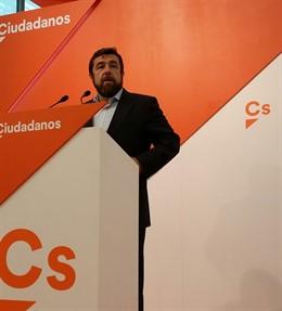 Secretario general del GPCs, Miguel Gutiérrez