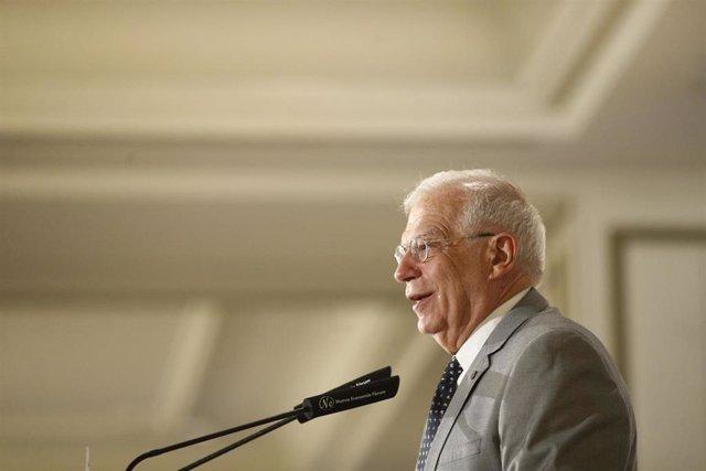 Josep Borrell participa en un desayuno informativo de la tribuna Fórum Europa, dentro del ciclo Elecciones 2019