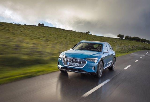 Economía/Motor.- Llega a España el primer 100% eléctrico de Audi, el e-tron, con más de 400 kilómetros de autonomía
