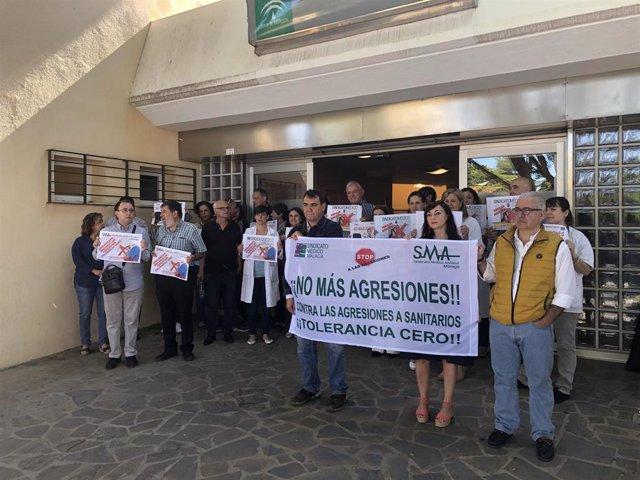 Málaga.- Nueva concentración en un centro de salud para denunciar otra agresión a profesionales sanitarios