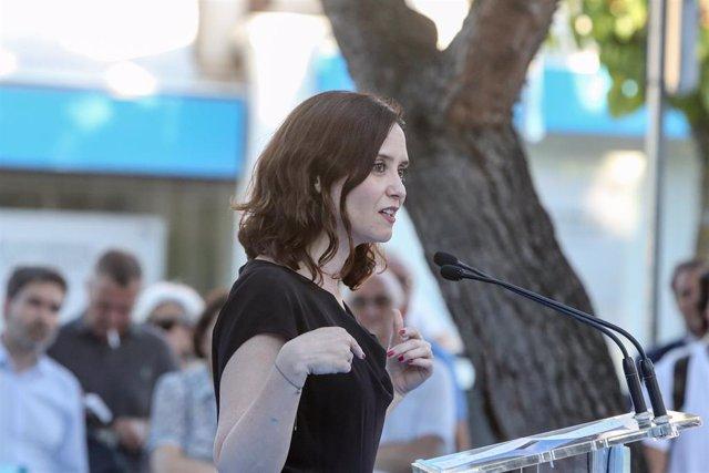 Isabel Díaz Ayuso participa en un acto electoral junto al secretario general del PP Teodoro García Egea