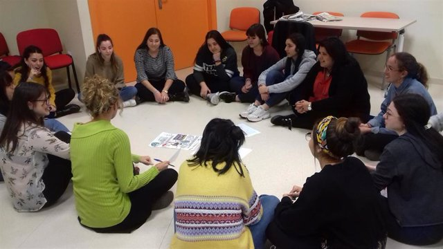 Jaén.- Alumnado de la UJA participa en un proyecto sobre los retos de los refugiados