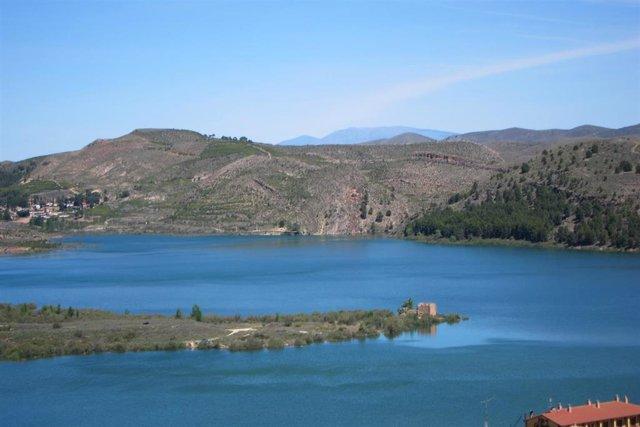 Los embalses de la Cuenca del Ebro se encuentran al 77% de su capacidad