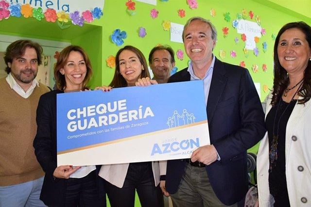 26M.- Zaragoza.- Azcón (PP) Se Compromete A Impulsar Un Plan Integral De Apoyo A La Familia Del Que Carece La Ciudad