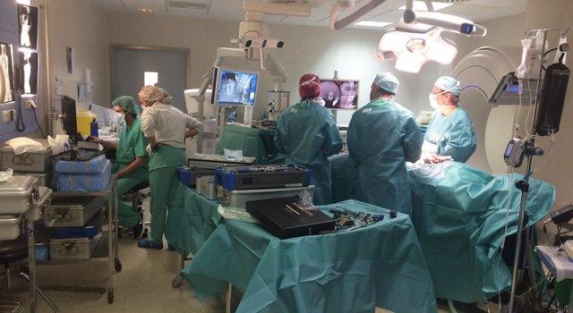 'O-Arm', El Escáner Que Permite Una Cirugía Más Precisa, Rápida Y Con Menos Incisiones, Según Un Experto
