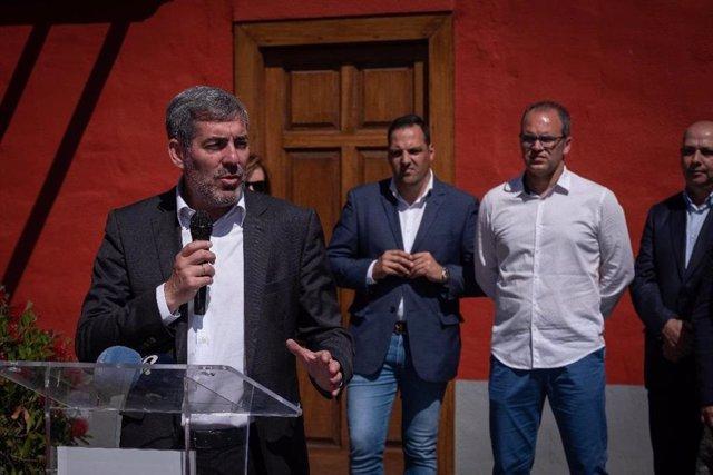 """AMPL.- 26M.- Clavijo dice que CC ofrece un Gobierno """"fuerte"""" frente a otro """"sumiso y complaciente"""" de PSOE y Podemos"""