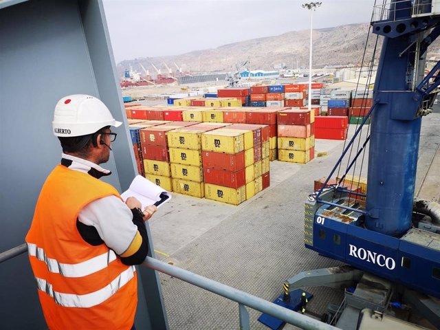 Almería.-Puertos.-El tráfico de mercancías de los puertos de Almería y Carboneras crece un 2,88 por ciento hasta marzo