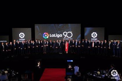 LaLiga homenajea a los protagonistas de sus 90 años de historia
