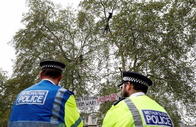 R.Unido.- La Policía británica pedirá los móviles a las víctimas de violación
