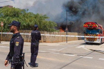 Els ferits crítics a l'incendi d'un edifici d'Eivissa continuen a la UCI estables dins de la gravetat