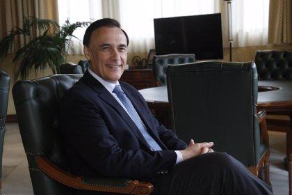 El rector de la Universidad de Córdoba, José Carlos Gómez Villamandos, será elegido presidente de la CRUE este jueves