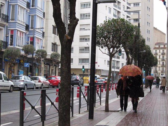 Paragüas, lluvia en Logroño