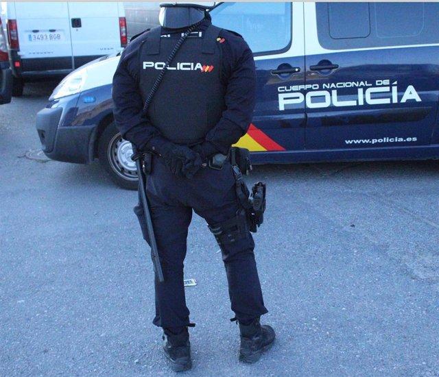 Almería.-Sucesos.-Detenido un hombre acusado de sustraer cuatro vídeoconsolas del expositor de un establecimiento