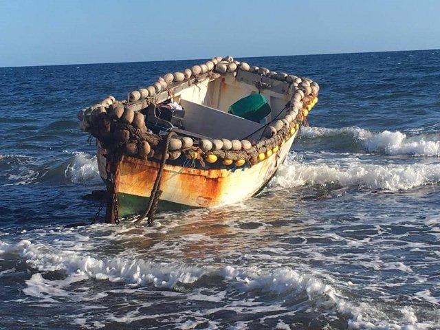 Una patera con 26 migrantes a bordo llega a la playa de Meloneras (Gran Canaria)