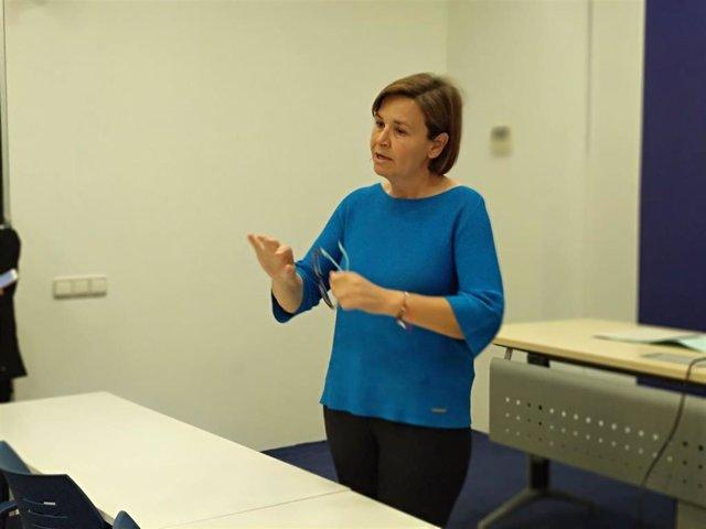 La candidata de Foro a la Presidencia del Principado, Carmen Moriyón, en rueda de prensa en Oviedo