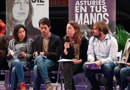 """Podemos pide a los asturianos """"dejar atrás a quienes vaciaron los pozos mineros para llenarse los bolsillos"""""""