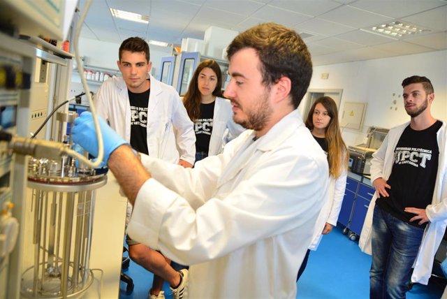 Imagen de un laboratorio en la UPCT