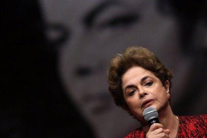 Rousseff confía en que Lula pueda repetir como presidente de Brasil pese a las condenas por corrupción