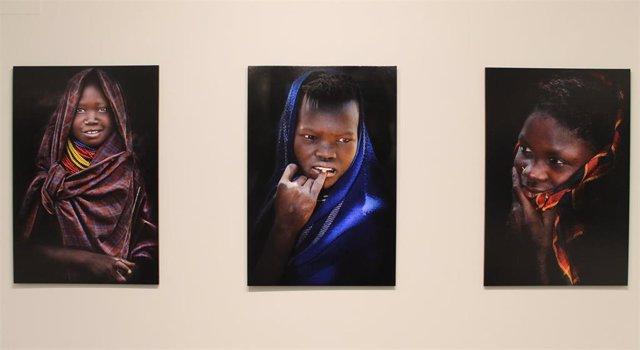 Zaragoza.- La DPZ expone en la sala 4º Espacio la muestra fotográfica de Eduardo Forcada 'Amaisan-Sonrisas africanas'
