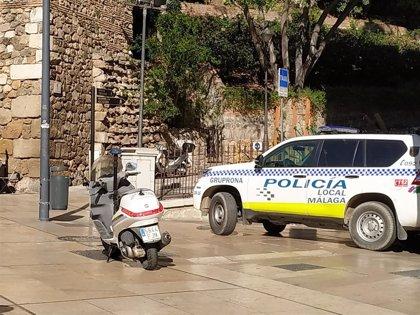 Detenido en Málaga por encerrar a su pareja tras amenazarla de muerte con un machete en el cuello