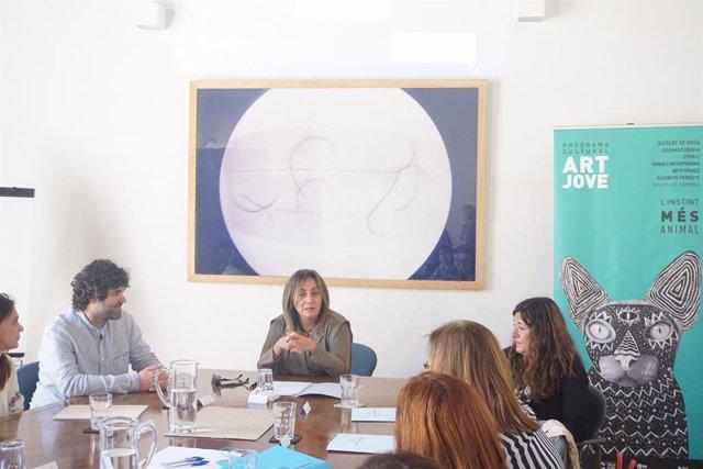 El Govern organitza la trobada 'Xarxes' sobre programes culturals per a joves creadors