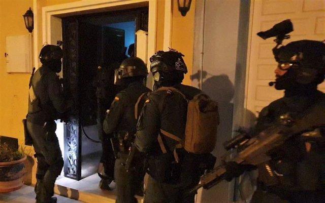 Sucesos.- Más de 15 detenidos y 25 registros en una operación contra el narcotráfico en Cádiz, Granada y Málaga