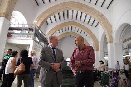 Villalobos visita Guadalcanal y revisa actuaciones impulsadas con programas de la Diputación de Sevilla