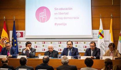"""Cañizares pide """"no bajar la guardia"""" por una educación en """"libertad"""" ante """"demasiada ideología y desapego a la verdad"""""""