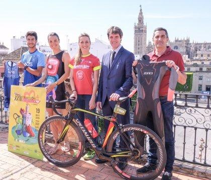 Casi 2.500 corredores se citan este domingo en La Cartuja para participar en el XXIII Triatlón de Sevilla by Zone 3