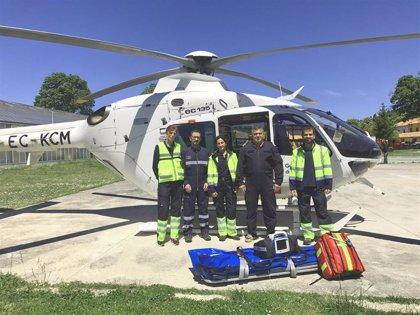 El Gobierno foral refuerza la capacidad de intervención del helicóptero medicalizado con la formación de nuevos equipos