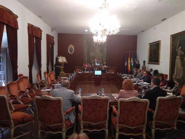 """Córdoba.- El presidente de la Diputación señala que el PP actúa como """"Torquemada"""" con la muestra 'Maculadas sin Remedio'"""