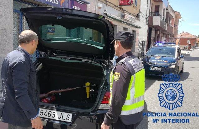 Sucesos.- Detenido un joven en León con una carabina dispuesta para disparar en medio de un brote psicótico