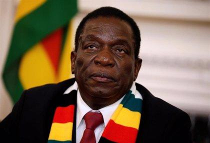 Mnangagwa cesa al ministro de Energía en medio de la peor crisis de suministro eléctrico de los últimos años en Zimbabue