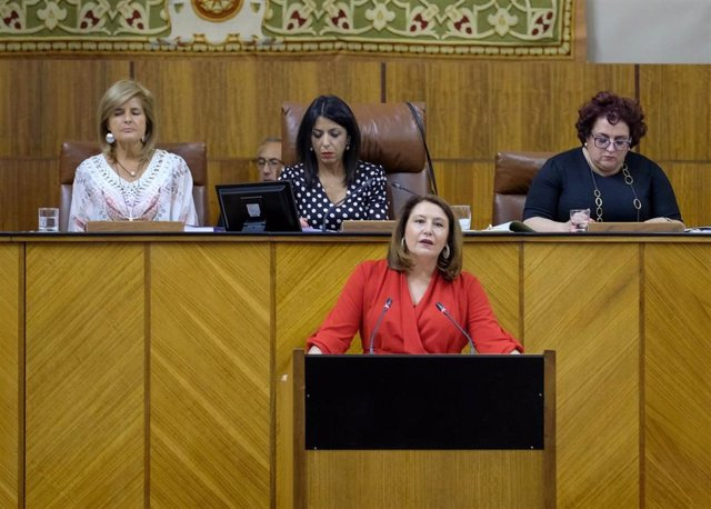 """Junta señala su compromiso con la caza con el protocolo de intenciones que Vox aplaude y Adelante ve """"humo"""""""