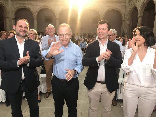 """Ábalos acusa a """"independentistas"""" y """"antiindependentistas"""" de """"retroalimentarse"""" e impedir la convivencia"""