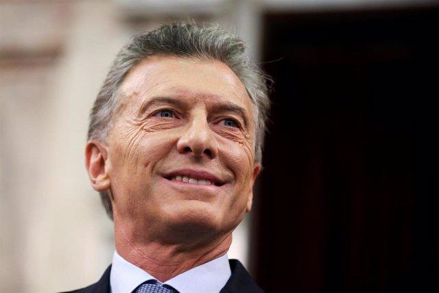 Un hombre con un revólver intenta entrar en la Presidencia argentina