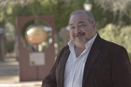 """Ramírez (Unidas) pide el voto """"para reforzar el corazón rojo que ha significado IU en Ayuntamiento de Manzanares"""""""