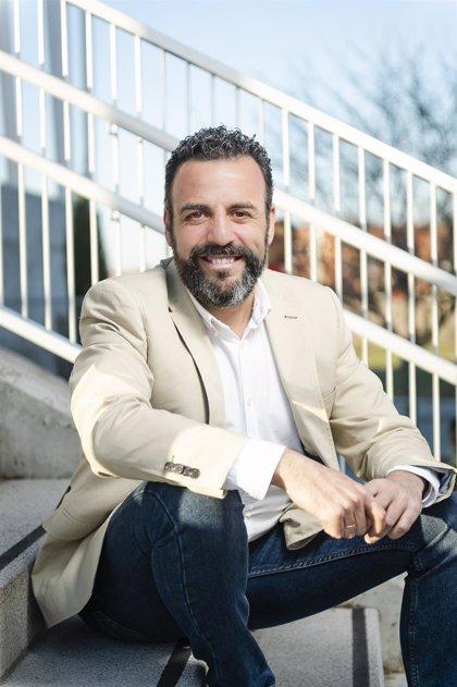 Blanco (PSOE) confía en revalidar con mayoría suficiente la Alcaldía de Azuqueca