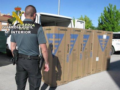 Dos detenidos tras robar cinco calderas de un camión estacionado en un polígono de Alovera