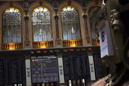 El Ibex 35 cae un 0,2% en la apertura