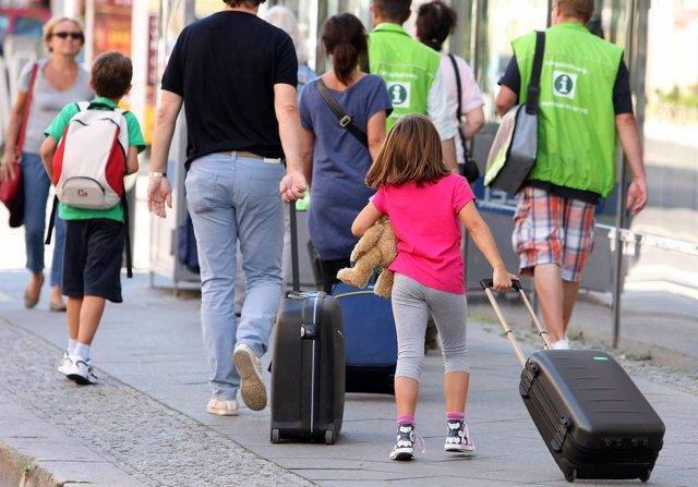 Economía/Turismo.- Los españoles destinarán 480,65 euros de media por persona a viajar esta Semana Santa, según Atrápalo