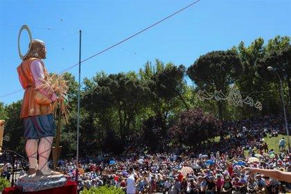 El Samur realizó en San Isidro un centenar de atenciones, todas leves, en la Pradera, la mayoría por calor y caídas