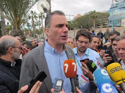 """Ortega Smith destaca que """"los diez valientes"""" diputados de Vox llegan a Les Corts para """"frenar el pancatalanismo"""""""